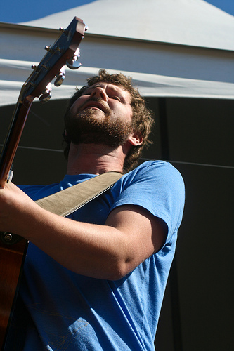 Dan Mangan at 2009 Folk Fest